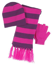 Purple Cap + Scarf + Gloves. Shop in Ukrainian Marriage Agency.