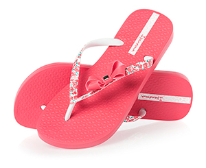Pink flip-flops. Shop in Ukrainian Marriage Agency.