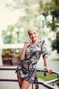 Oksana from Poltava 45 years - beautiful and wild. My mid primary photo.