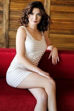 Natalie  30 years - romantic girl. My small primary photo.