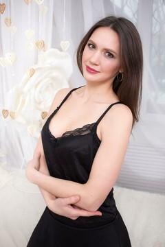 Svitlana from Kharkov 36 years - soft light. My small primary photo.