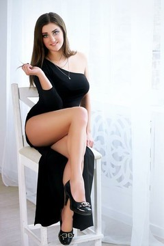 Helen from Zaporozhye 24 years - beautiful woman. My small primary photo.