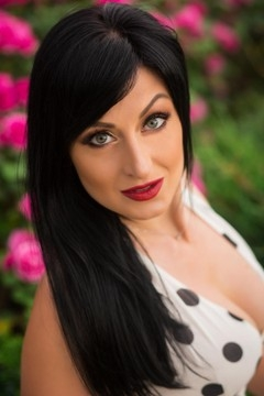 Natalie from Sumy 34 years - look for a man. My small primary photo.