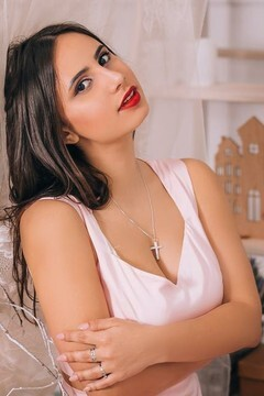 Vlada from Lutsk 19 years - attractive lady. My small primary photo.