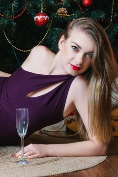 Marina from Cherkasy 33 years - attractive lady. My small primary photo.