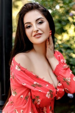Mariana from Ivano-Frankovsk 23 years - carring woman. My small primary photo.