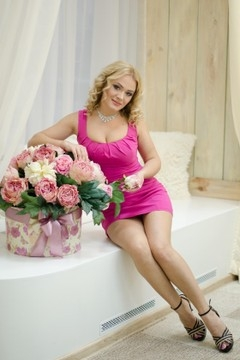 Alyona from Odessa 33 years - clever beauty. My small primary photo.