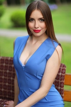 Tanya from Lutsk 18 years - ukrainian woman. My small primary photo.