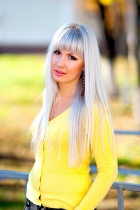 Marina from Poltava 27 years - introduce myself. My big primary photo.