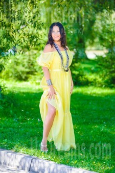 Elvira from Ivanofrankovsk 36 years - seeking man. My small public photo.