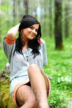 Galya from Ivanofrankovsk 23 years - attentive lady. My small public photo.