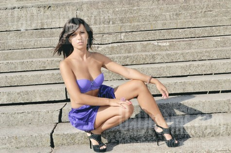 Zhenya from Zaporozhye 24 years - happy woman. My small public photo.