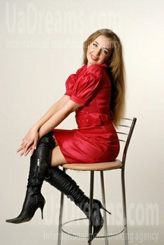 Olga from Ivanofrankovsk 27 years - introduce myself. My small public photo.
