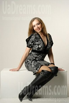 Olga from Ivanofrankovsk 28 years - happy woman. My small public photo.