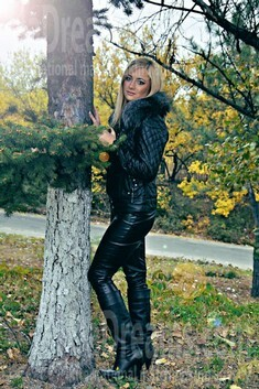 Anastasia from Zaporozhye 22 years - charm and softness. My small public photo.