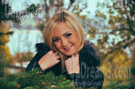 Anastasia from Zaporozhye 22 years - beautiful woman. My small public photo.