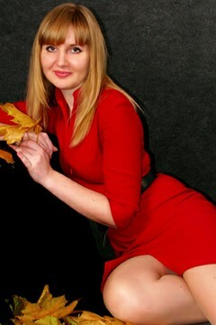 Olga from Sumy 27 years - ukrainian bride. My mid primary photo.