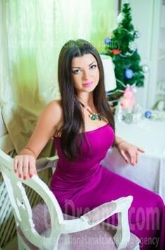 Alina from Ivanofrankovsk 26 years - nice smile. My small public photo.