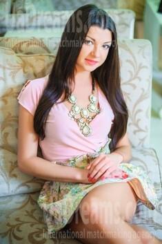 Alina from Ivanofrankovsk 26 years - good mood. My small public photo.