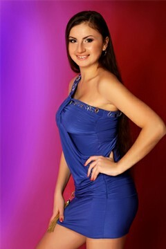 Elena from Poltava 24 years - look for fiance. My small primary photo.