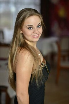 Slava from Sumy 22 years - nice fiancee. My small primary photo.