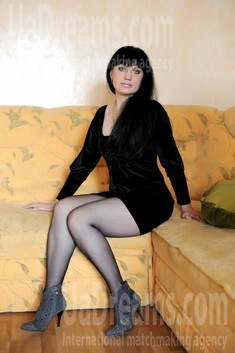 Tetiana from Ivanofrankovsk 35 years - wants to be loved. My small public photo.