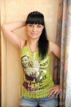 Tetiana from Ivanofrankovsk 35 years - waiting for you. My small public photo.