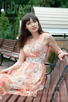 Olga from Donetsk 28 years - nice fiancee. My small public photo.