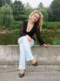 Tatiana from Rovno 30 years - single russian woman. My small public photo.