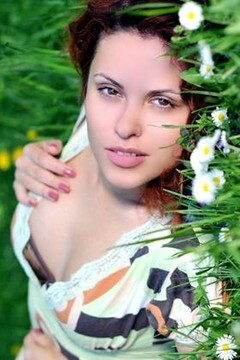 Tatiana from Rovno 33 years - good mood. My mid primary photo.