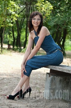 Sveta from Donetsk 25 years - lovely girl. My small public photo.