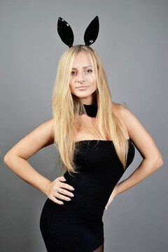 Masha from Zaporozhye 23 years - ukrainian bride. My small primary photo.