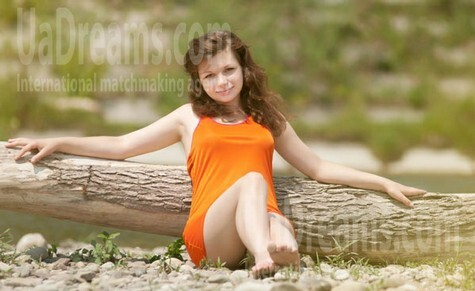 Olesya from Ivanofrankovsk 20 years - attractive lady. My small public photo.