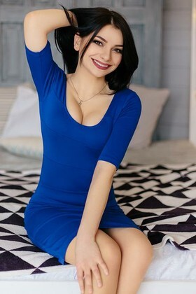 Olesya from Ivanofrankovsk 21 years - attractive lady. My small primary photo.