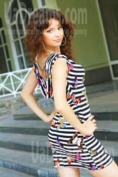Nataly from Poltava 22 years - charm and softness. My small public photo.