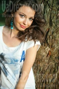 Nataly from Poltava 23 years - ukrainian woman. My small public photo.
