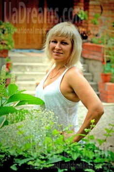 Oksana from Ivanofrankovsk 38 years - bright smile. My small public photo.