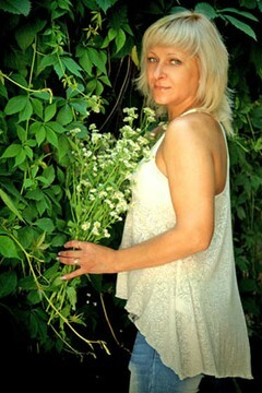 Oksana from Ivanofrankovsk 39 years - future bride. My mid primary photo.