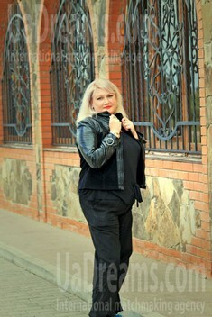 Natalia from Ivanofrankovsk 32 years - looking for relationship. My small public photo.