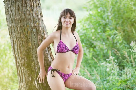 Larysa from Ivanofrankovsk 25 years - independent woman. My small public photo.