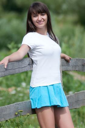 Larysa from Ivanofrankovsk 26 years - it's me. My small primary photo.
