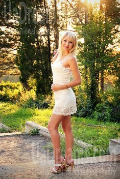 Natalie from Zaporozhye 30 years - attentive lady. My small public photo.