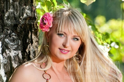 Irina from Cherkasy 35 years - attentive lady. My small public photo.