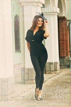 Natalya from Ivanofrankovsk 25 years - look for a man. My small public photo.