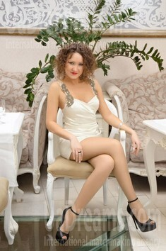 Tanya from Ivanofrankovsk 29 years - introduce myself. My small public photo.