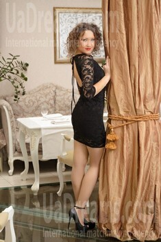Tanya from Ivanofrankovsk 28 years - single lady. My small public photo.