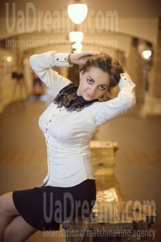 Mary from Ivanofrankovsk 21 years - kind russian girl. My small public photo.