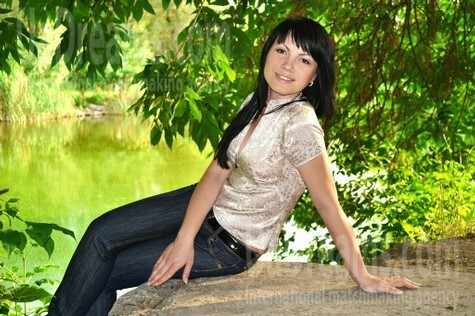 Olya from Zaporozhye 32 years - want to be loved. My small public photo.