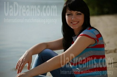 Olya from Zaporozhye 33 years - attractive lady. My small public photo.