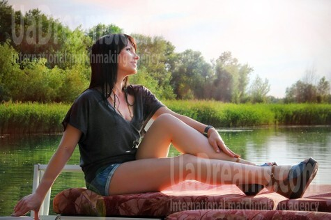 Olya from Zaporozhye 33 years - sunny smile. My small public photo.